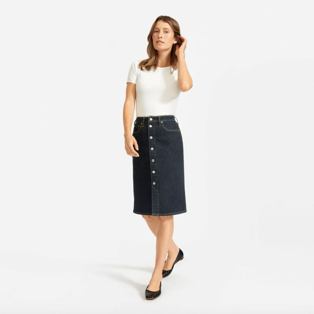 This image has an empty alt attribute; its file name is Everlane-button-front-pencil-skirt-1024x1024.jpg