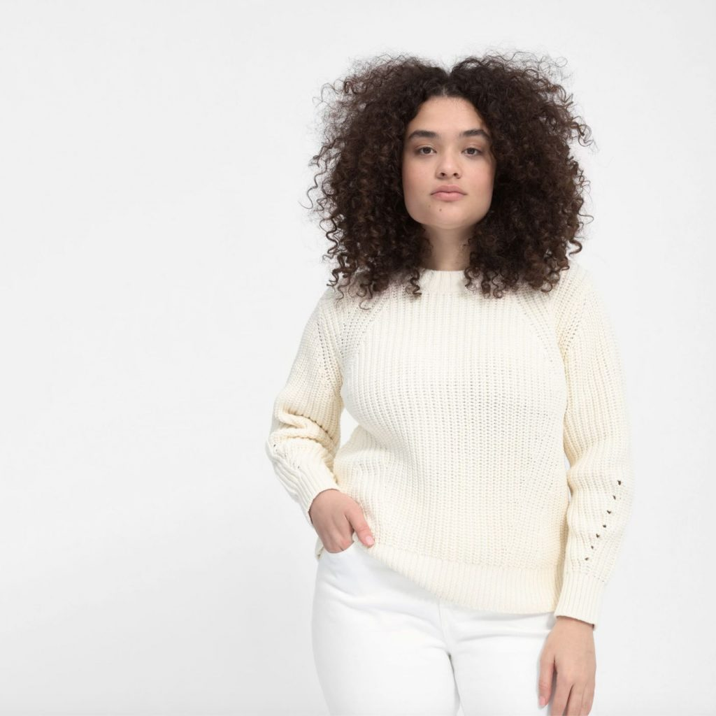 This image has an empty alt attribute; its file name is Everlane-texture-cottom-crew-1024x1024.jpg