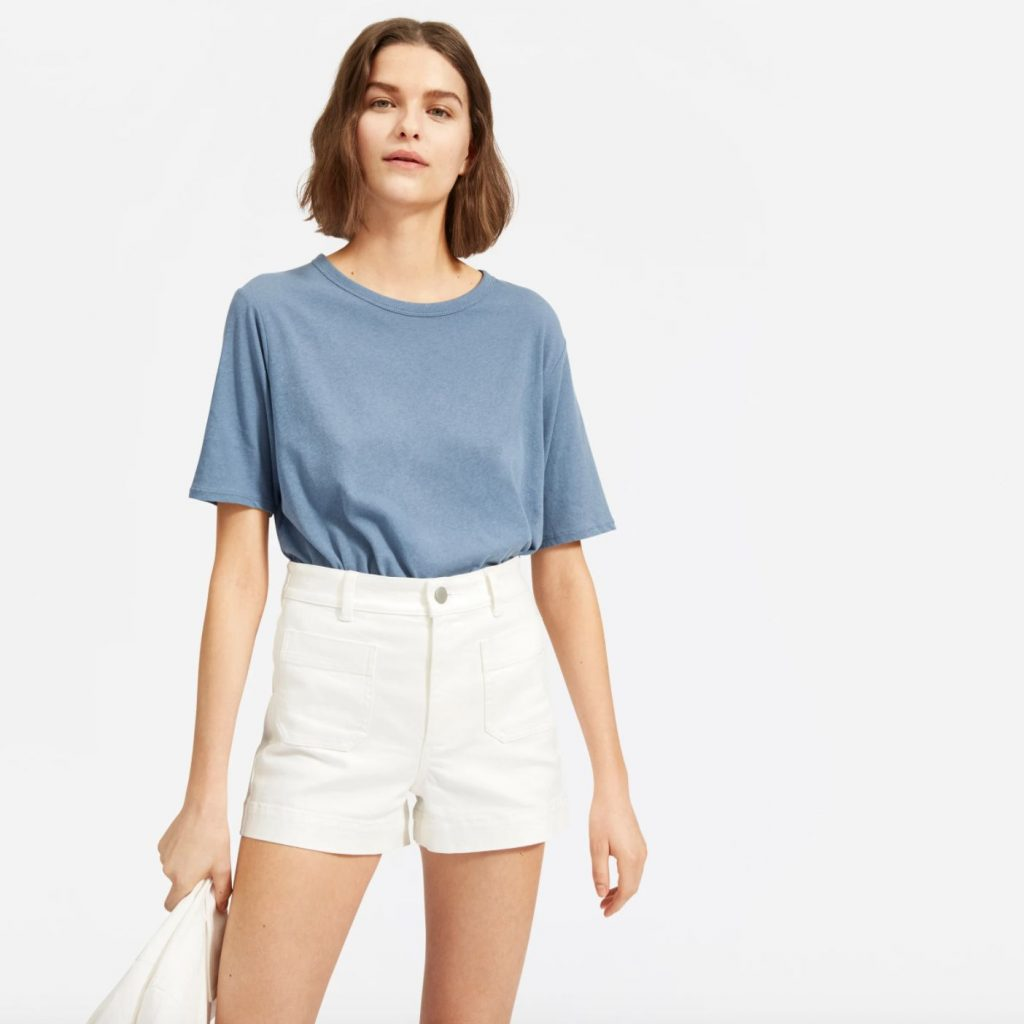 This image has an empty alt attribute; its file name is everlane-patch-pocket-short-1024x1024.jpg